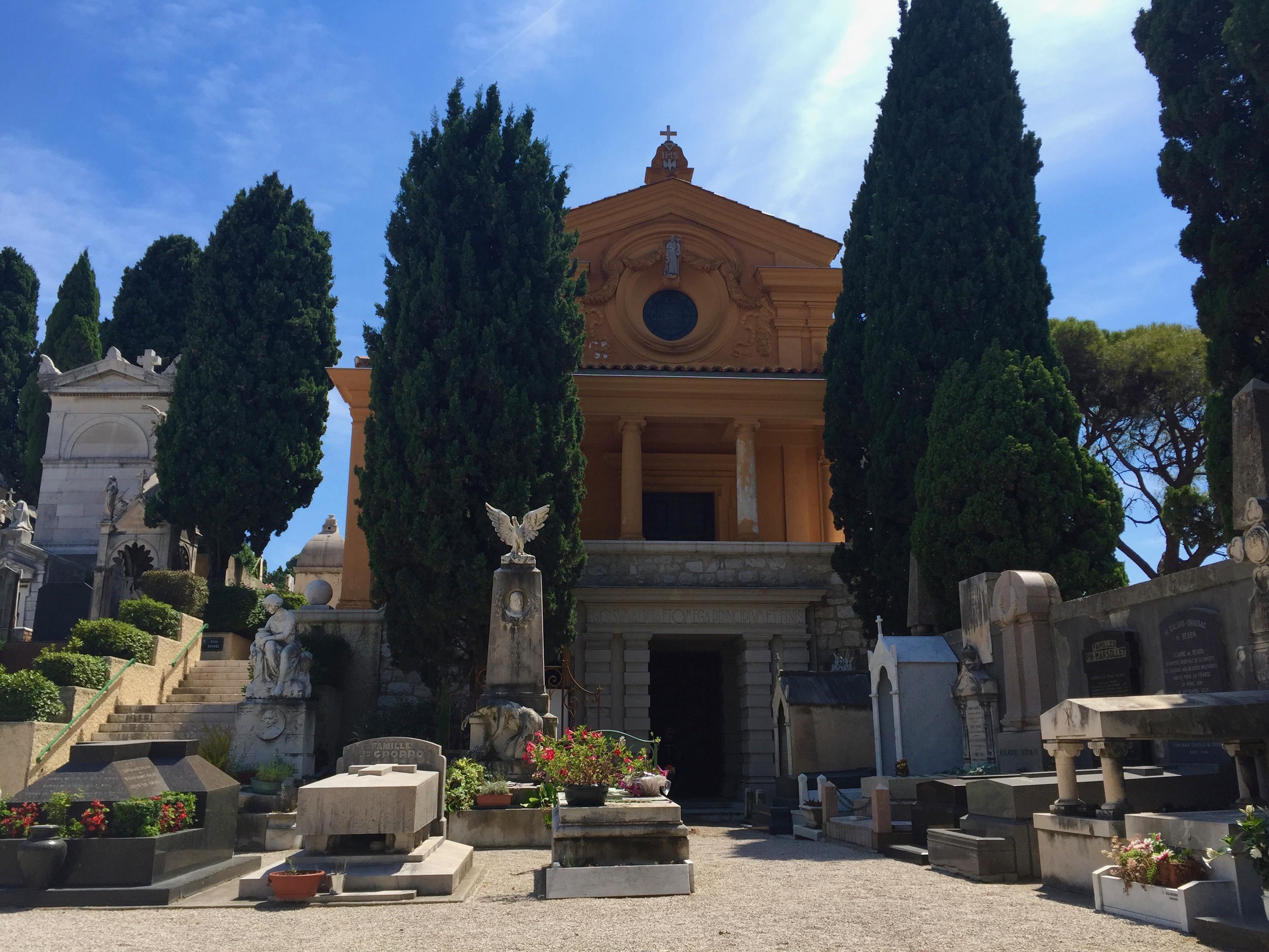Zabytkowy Cmentarz na Wzgórzu Zamkowym