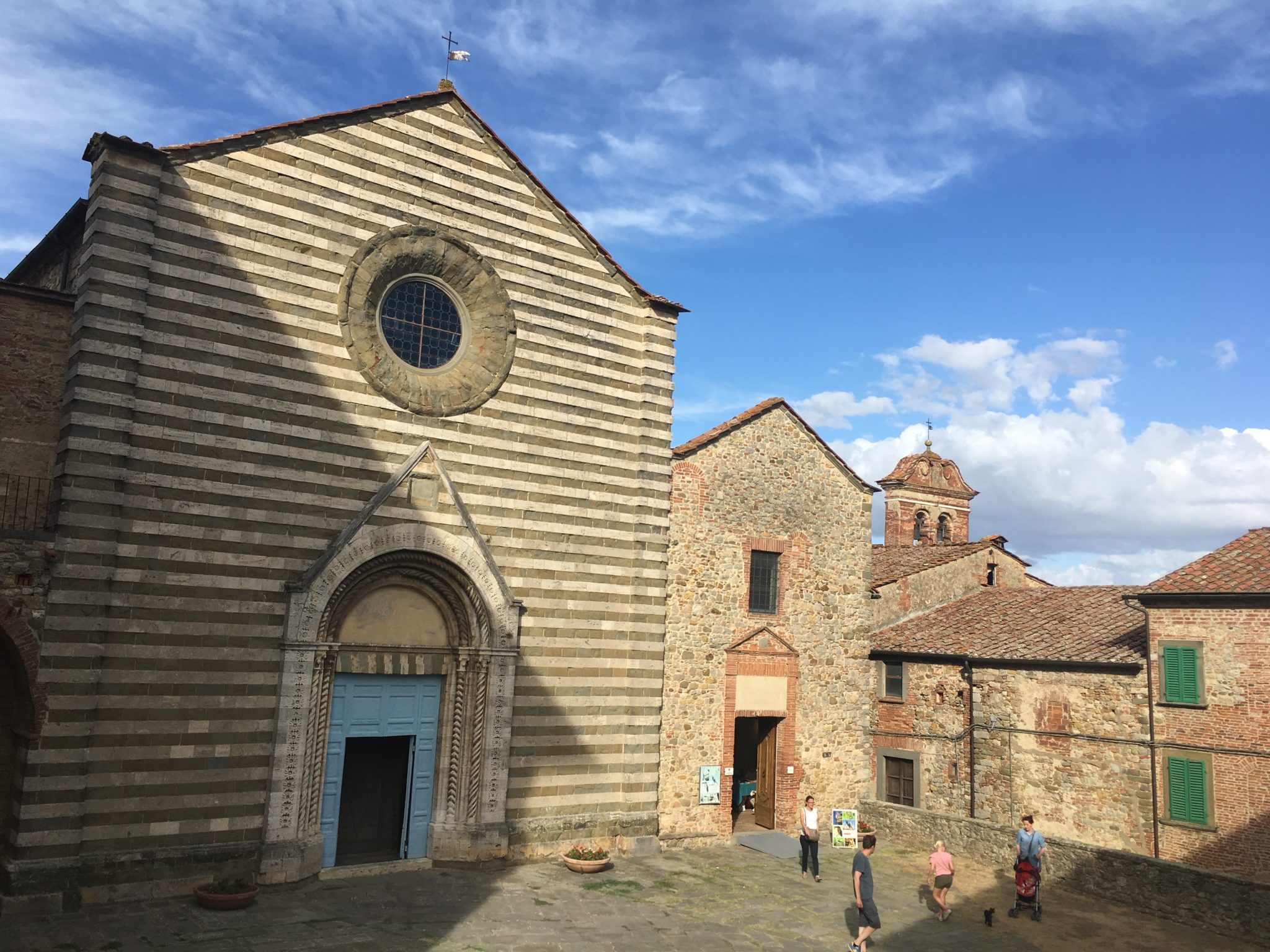 kościół św. Franciszka Lucignano