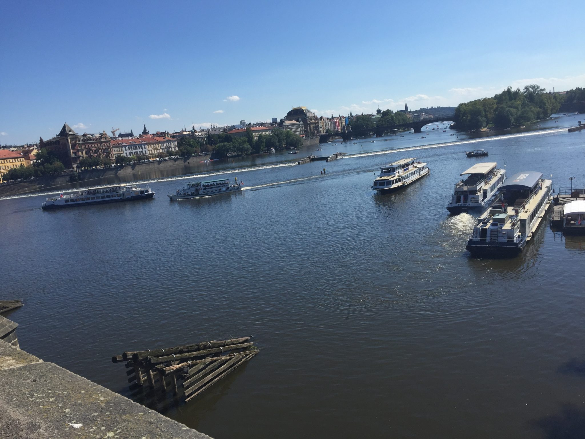 Widok na Wełtawę z Mostu Karola