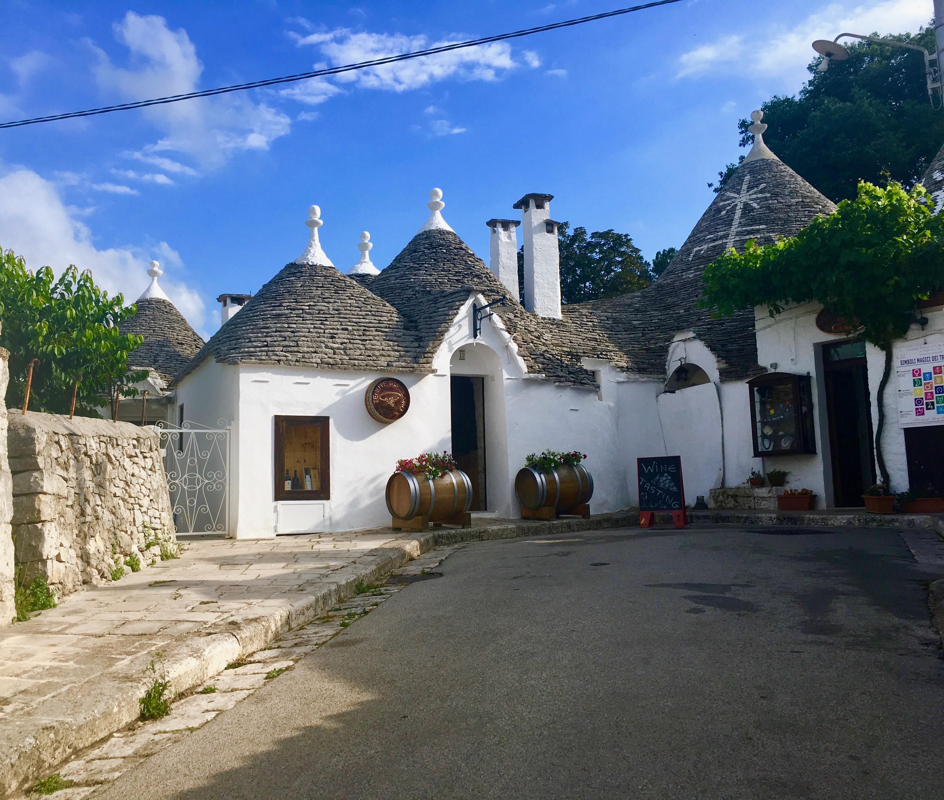 dzielnica Rione Moniti w Alberobello.