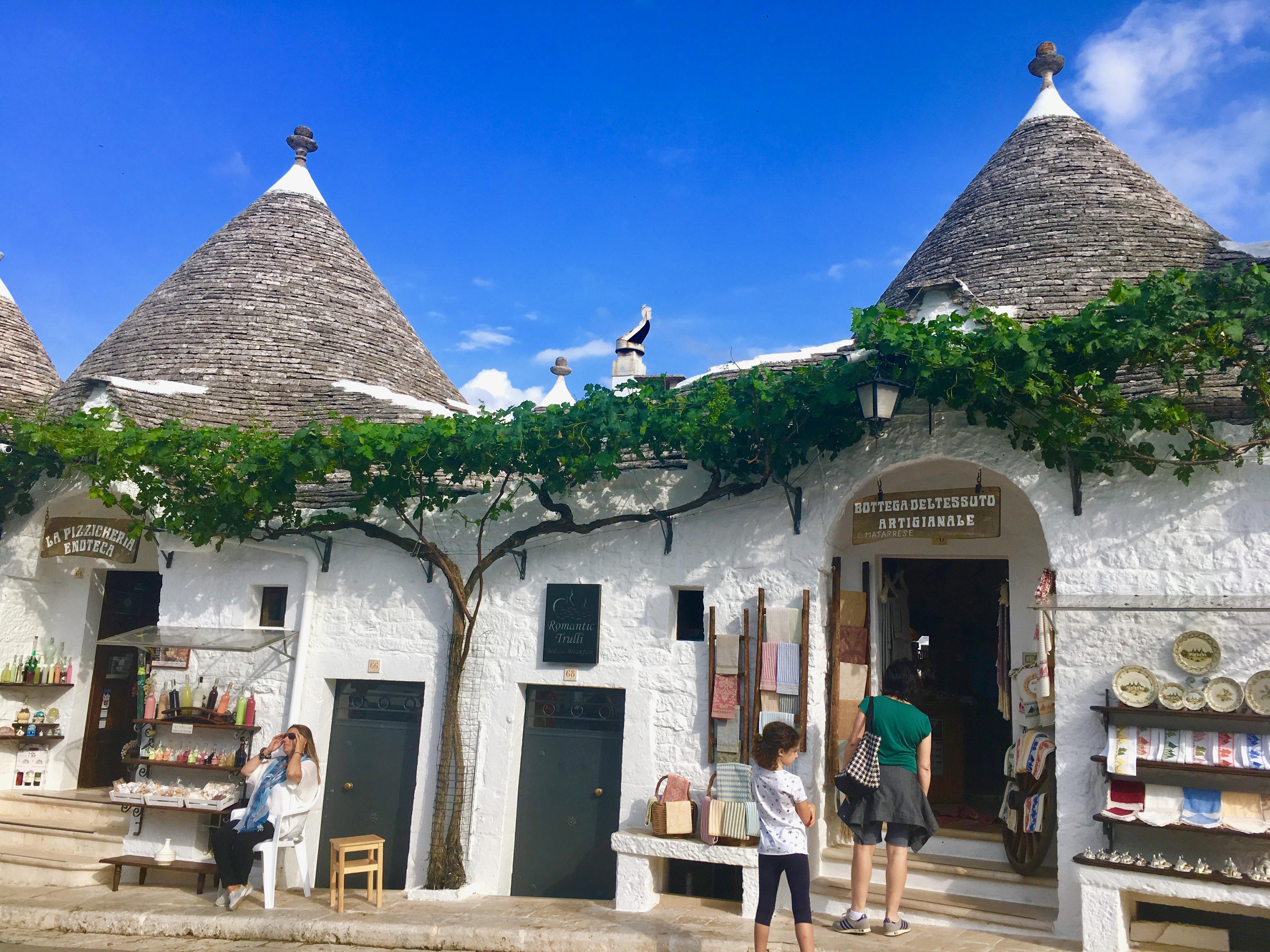 Apulia najciekawsze miejsca, domki trulii