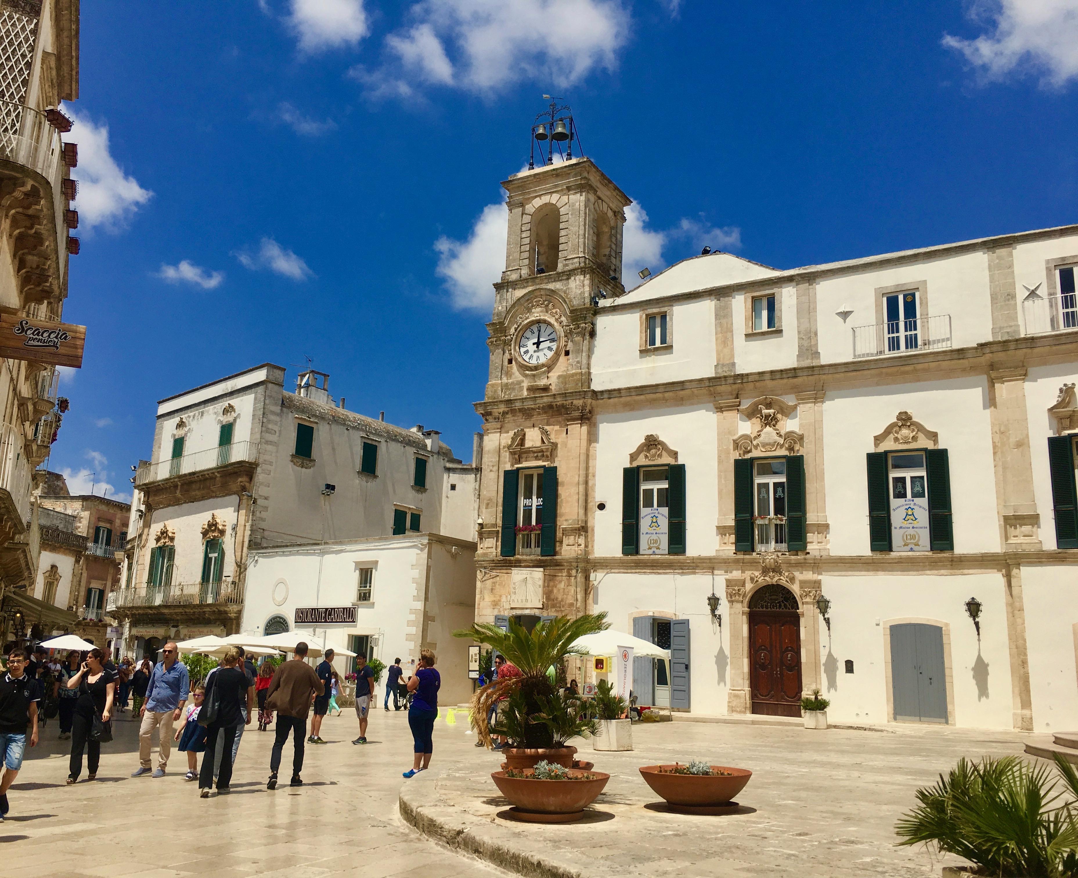 Martina Franca zwiedzanie głównego placu