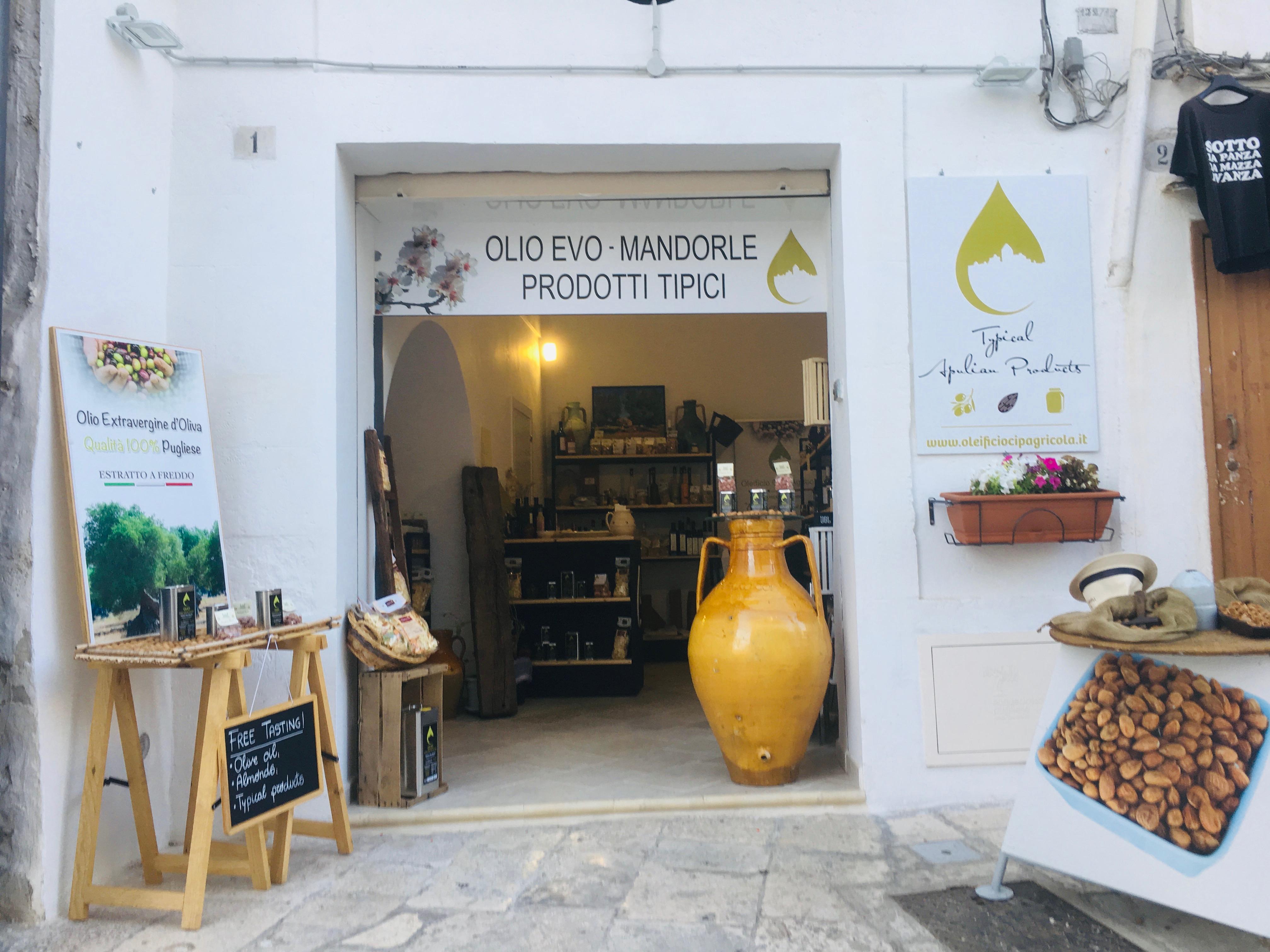 Ostuni sklep z oliwą