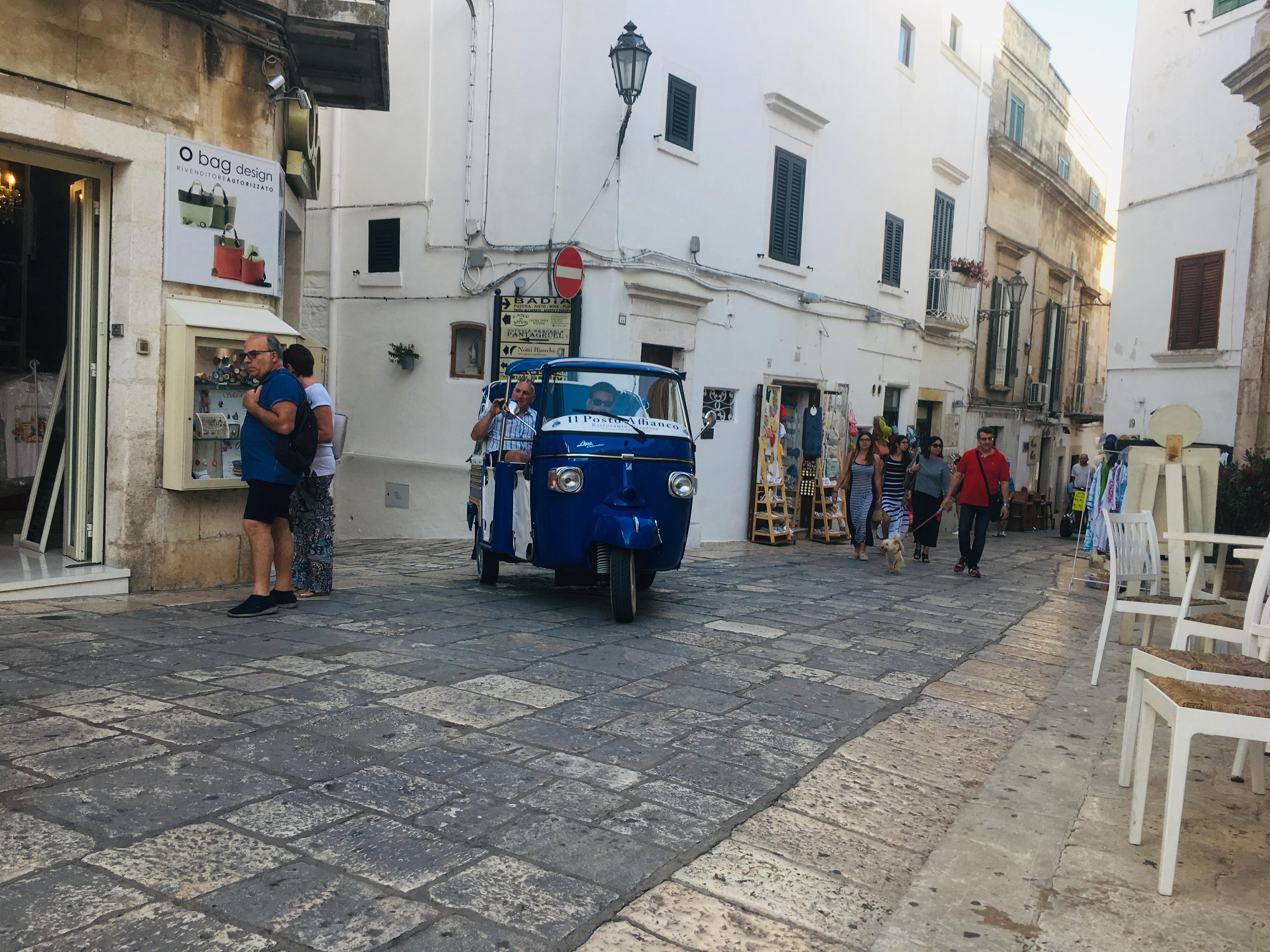 ulica w Ostuni Via Catedrale