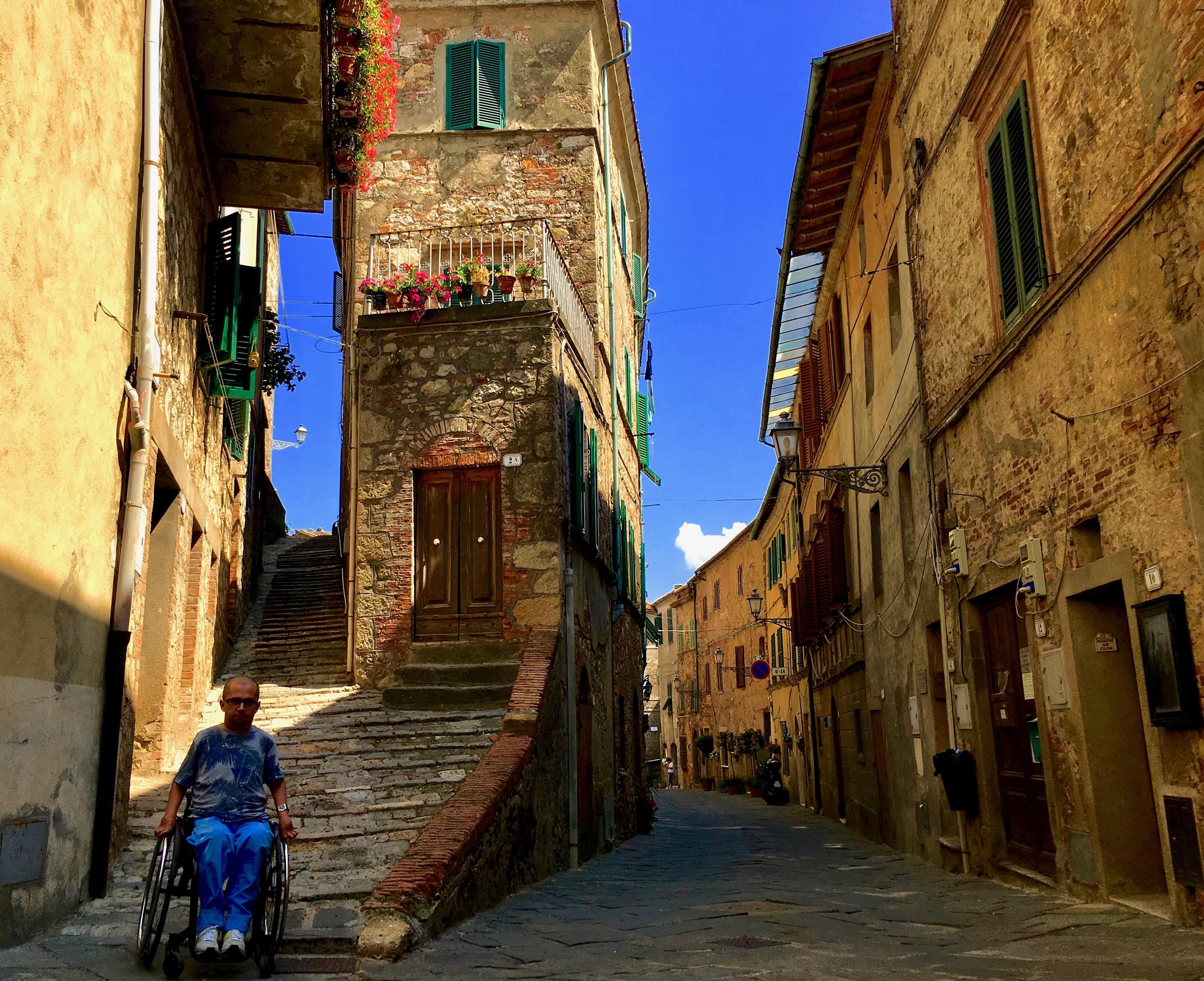 Chiusdino toskańska wieś
